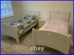 FEATHER AND BLACK childrens Noah Bunk Beds. Colour Ivory